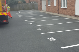 Numbered car parking bays